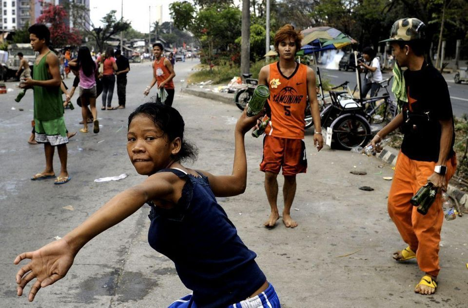 Philippine forces remove shanty towns