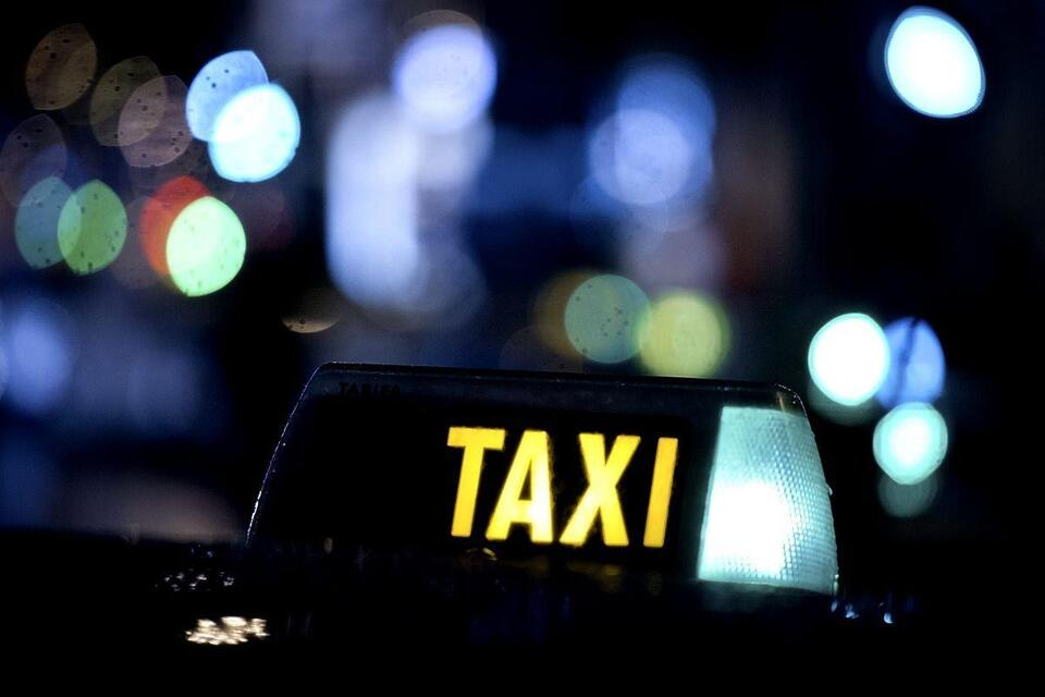 Man jailed for illegal airport taxi service, bribe