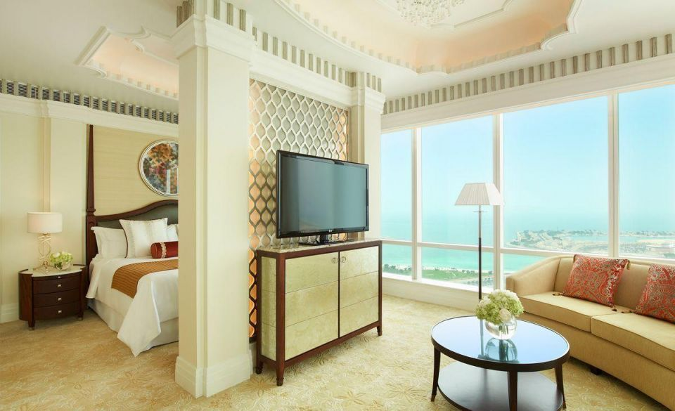 Review: A look inside the St. Regis Abu Dhabi