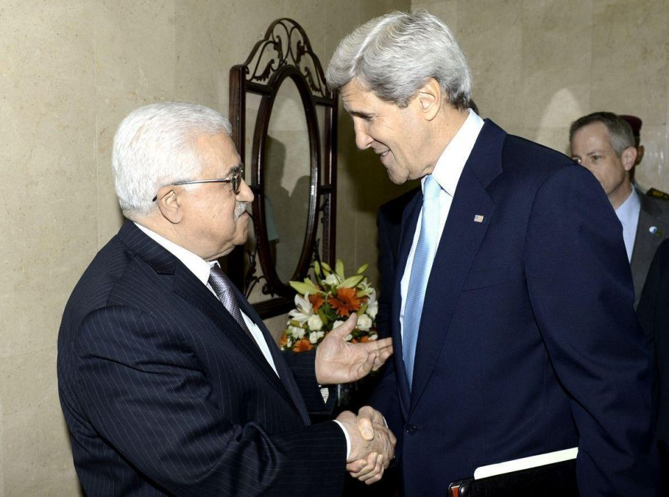 Kerry to meet Palestinians' Abbas in Paris on Wednesday