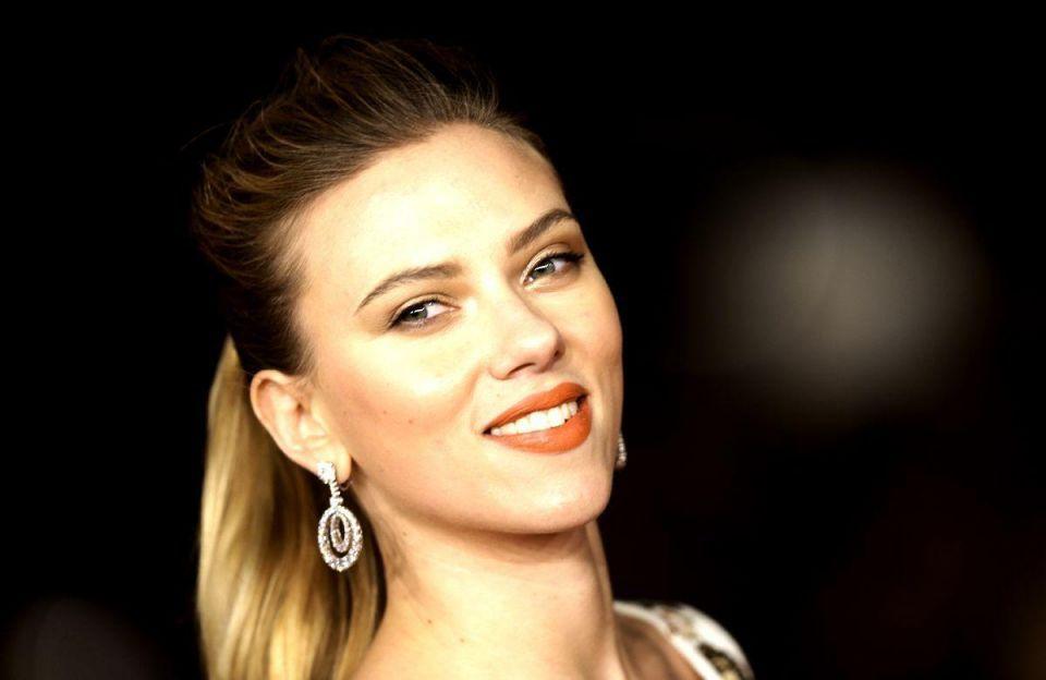 Dubai bidder misses out on Scarlett Johansson prize over Oxfam rift