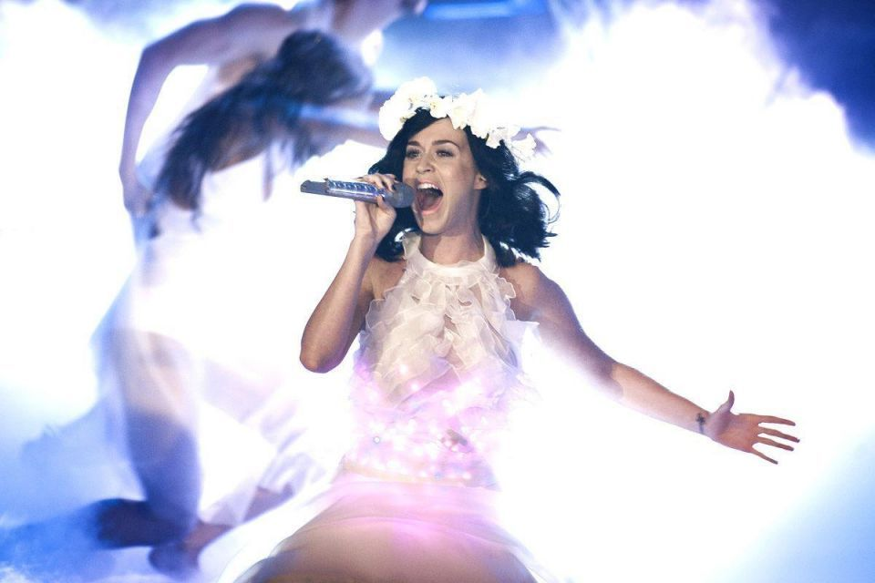 Muslims call for new Katy Perry video to be banned