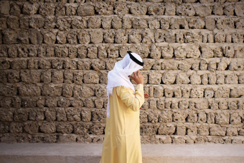 Security, rival operators delay new Saudi mobile entries