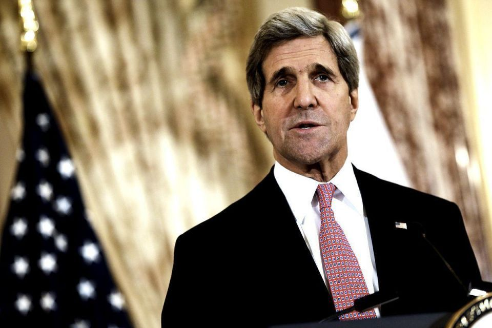 "Israel risks becoming ""an apartheid state"" - Kerry"