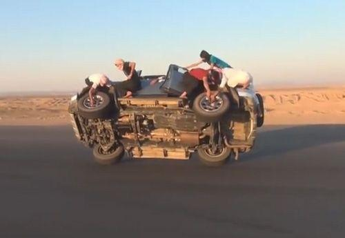 Saudis filmed changing wheels while driving