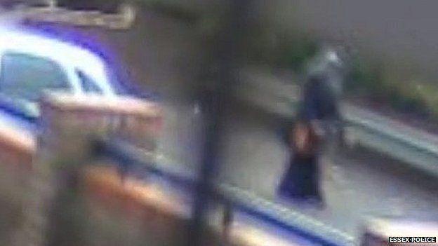 UK police drain three lakes in anti-Muslim murder investigation