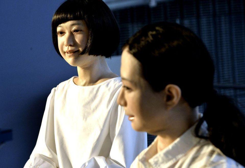Japan presents Otonaroid and Kodomoroid