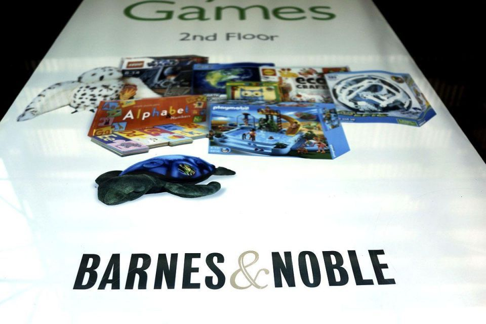 Barnes & Noble restructures