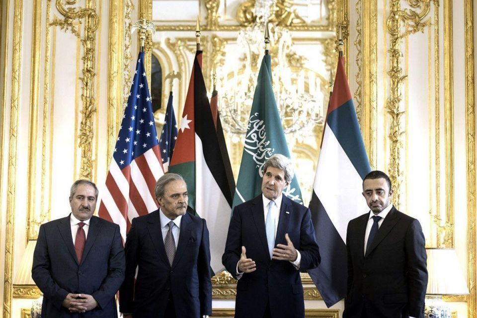 Kerry's in urgent talks with Gulf allies