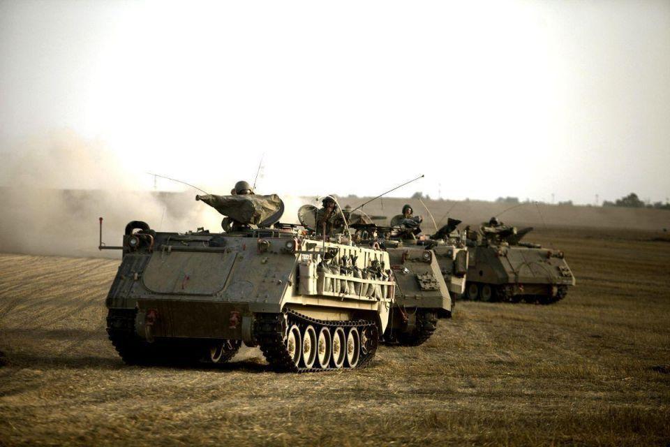Israeli commandos clash with Hamas gunmen in Gaza raid