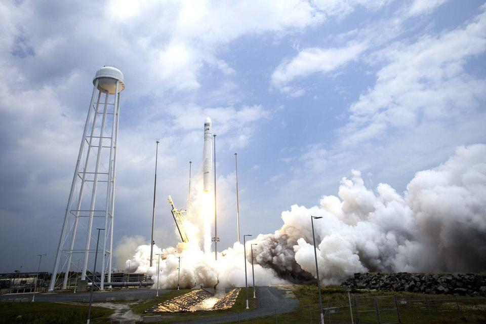 NASA launches Antares rocket to ISS