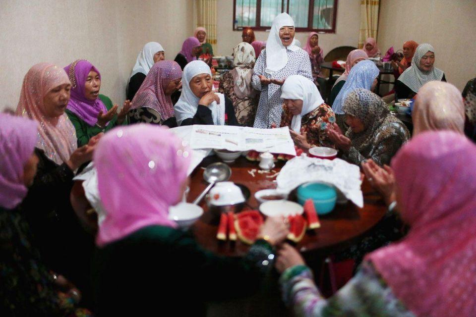 Chinese muslims observe Ramadan