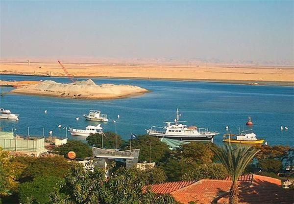 Bahrain firm wins Suez Canal hub project contract