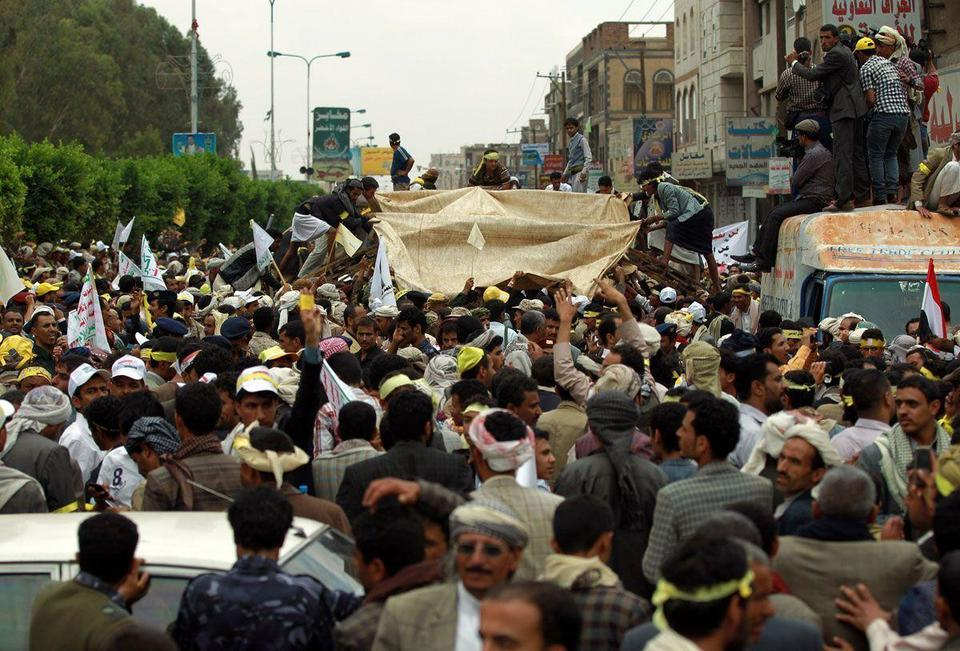 Protests in Yemen escalate