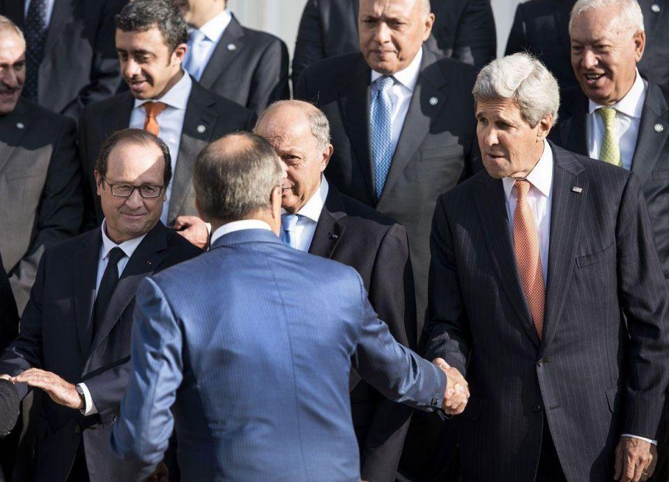 Paris meeting backs Iraq against ISIL