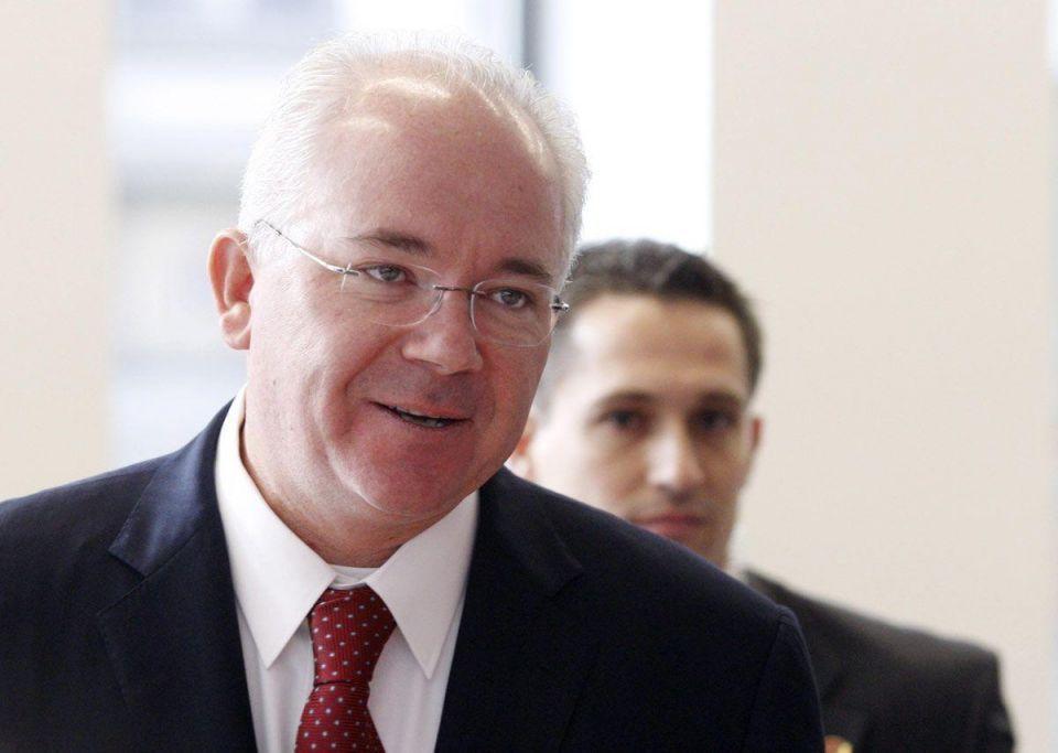 Venezuela's Ramirez tours Qatar, Iran and Algeria to discuss oil