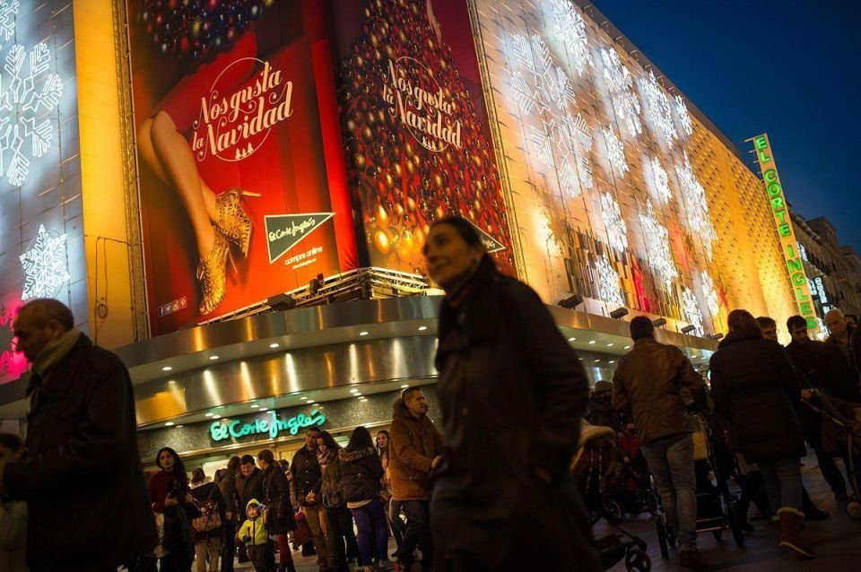 Shopping in Madrid ahead of Christmas celebrations