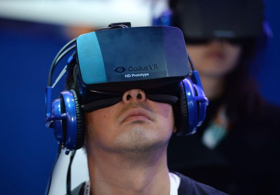 Virtual reality headsets go on sale in Qatar