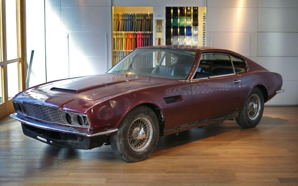 Preview of the last original Aston Martin DBS