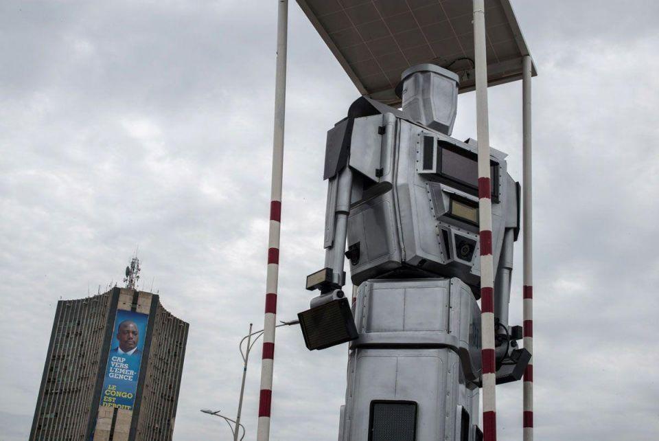 Congo's human-like robots