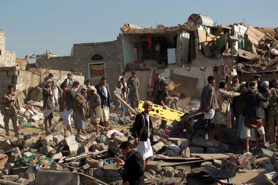 Air strike kills at least 40 at Yemen camp for displaced