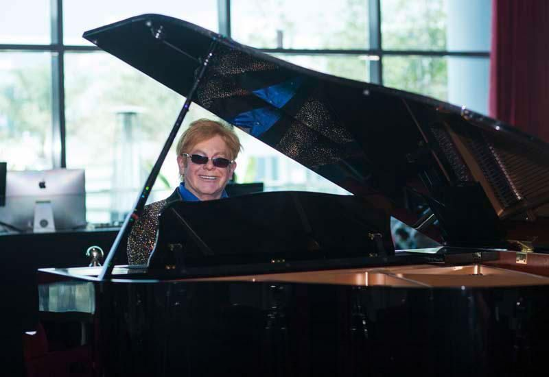 Video: Elton John recovering from 'potentially deadly' bacterial infection