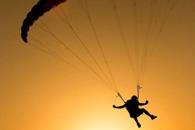 Dubai Police to probe Saudi killed after skydiving accident