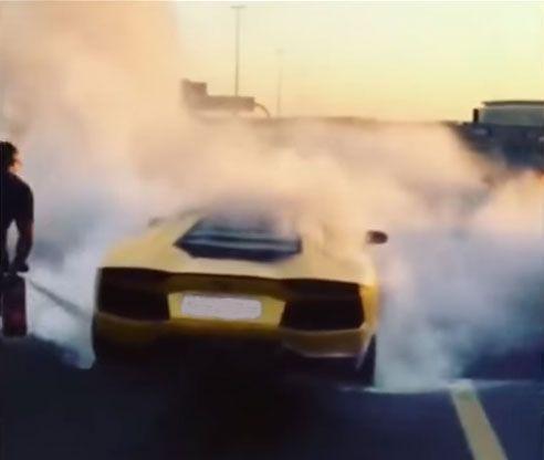 Video: $400k Lamborghini is gutted in roadside fire in Dubai