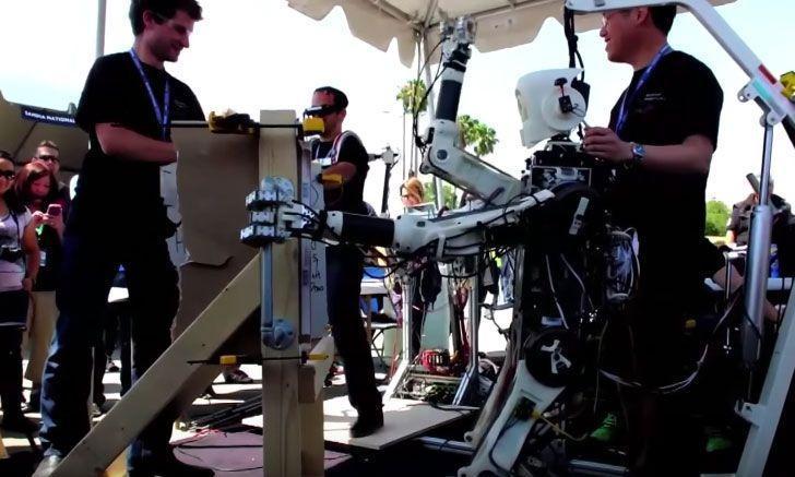 A really 'smart' robotic monkey