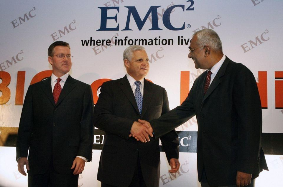 Dell buys EMC for $67bn