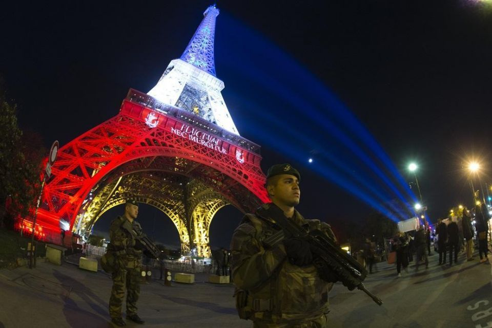 UAE embassy warns against travel to Paris