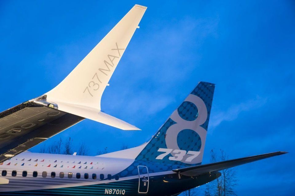 Boeing presents its First 737 MAX Airliner