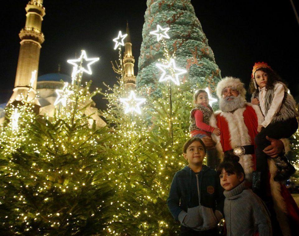 Elie Saab designs Christmas tree in Beirut