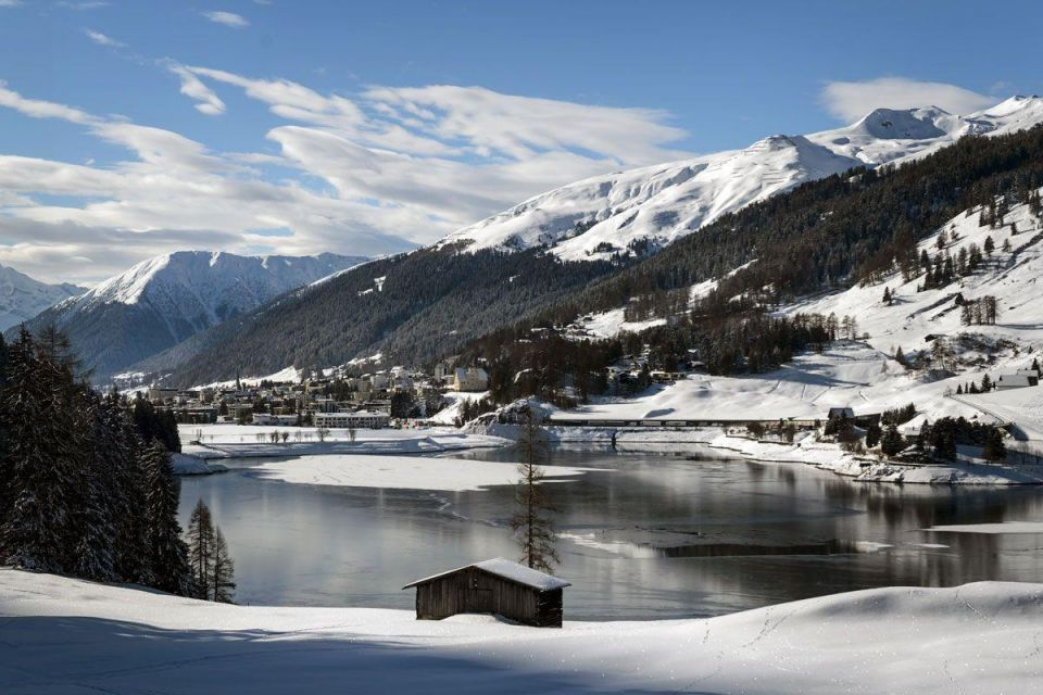 Davos: World's richest boast wealth 44%, while poorest continue to get poorer