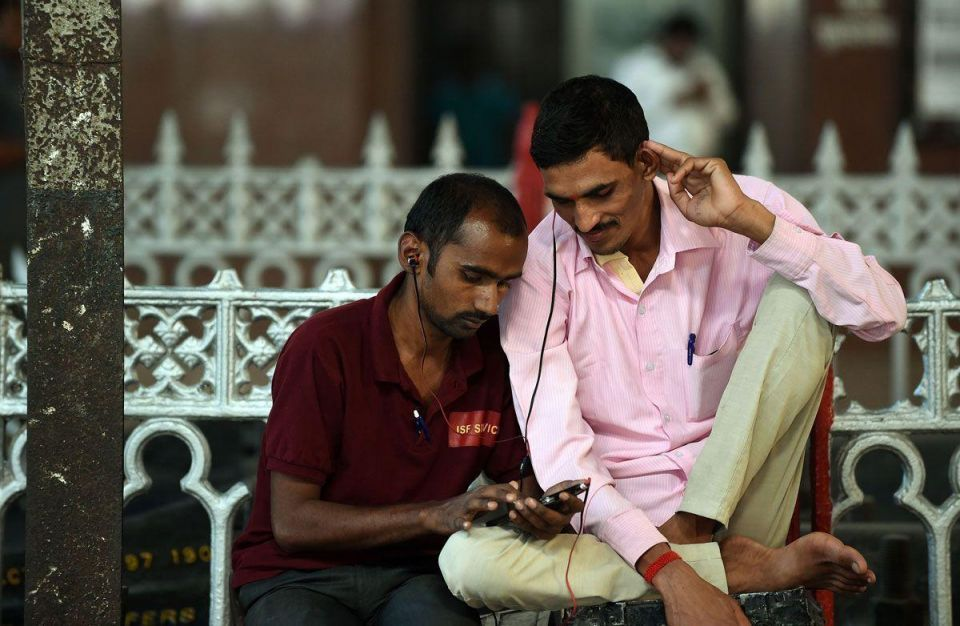 Google brings Wi-Fi to Indian railway stations