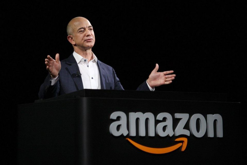 Why is Jeff Bezos meeting Mohamed Alabbar?