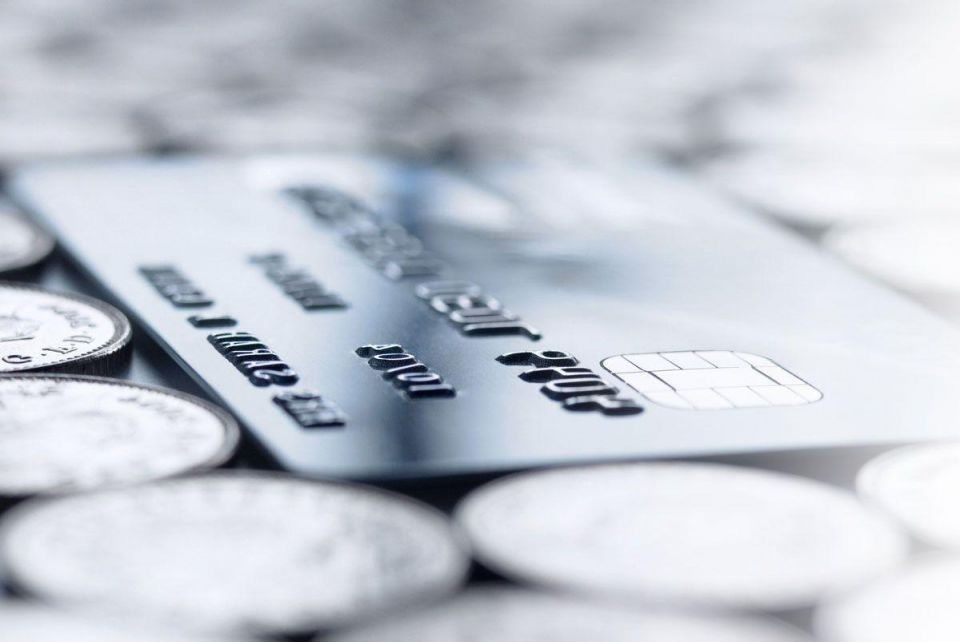Over 50% increase in UAE residents applying for new credit cards