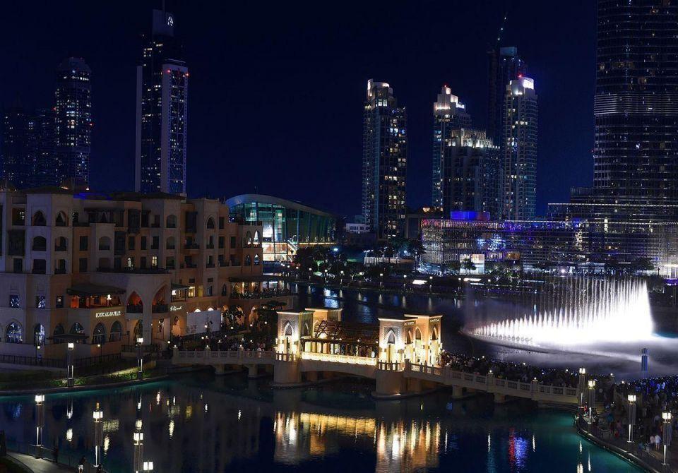 Views of Dubai's Burj Khalifa