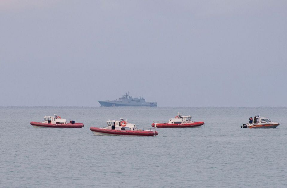 Russia finds black box from military plane crashed in the Black Sea - TASS