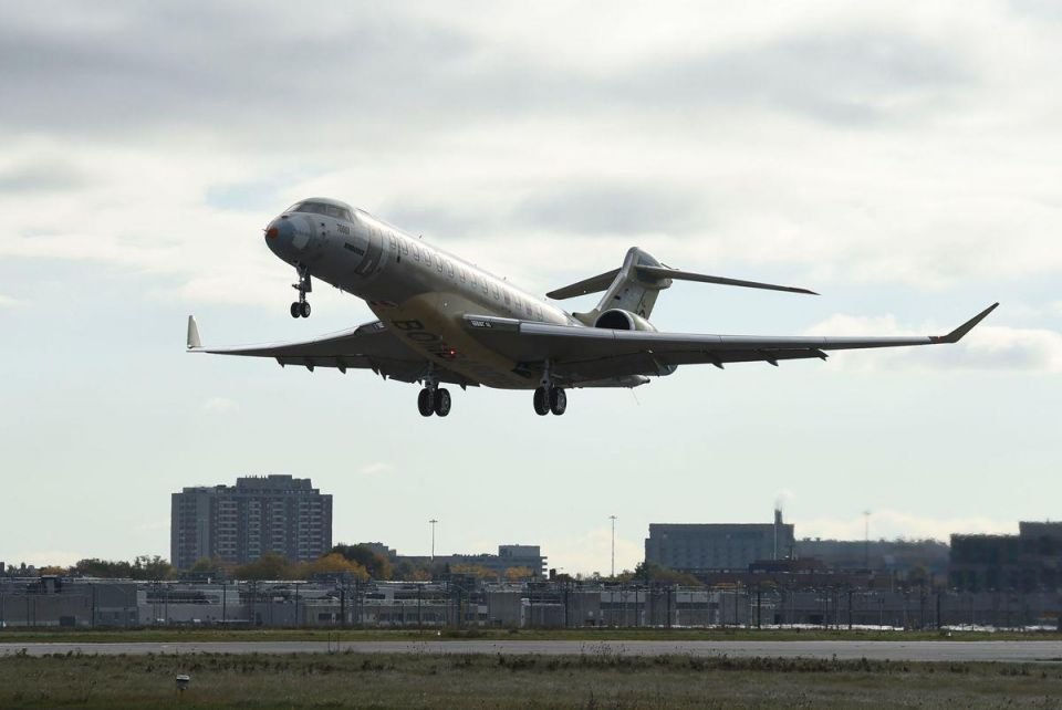 Bombardier's flagship business jet completes first test flight