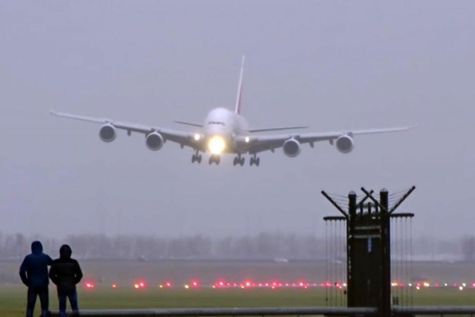 Emirates A380 completes 'sideway' landing during Storm Angus