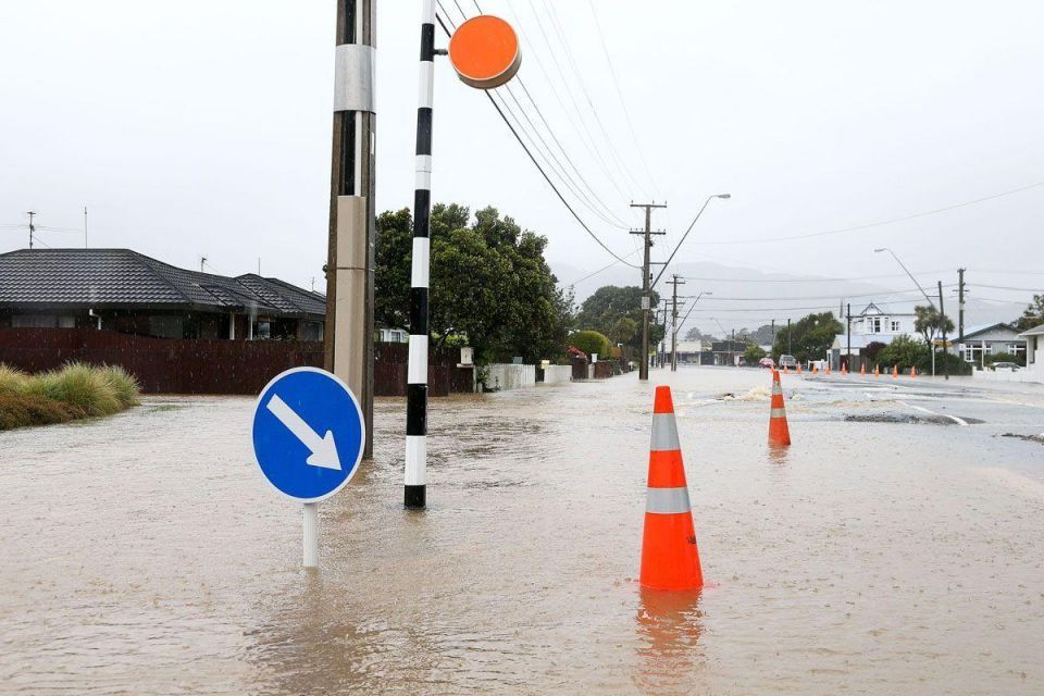 In pictures: Severe weather in Wellington in aftermath of earthquake