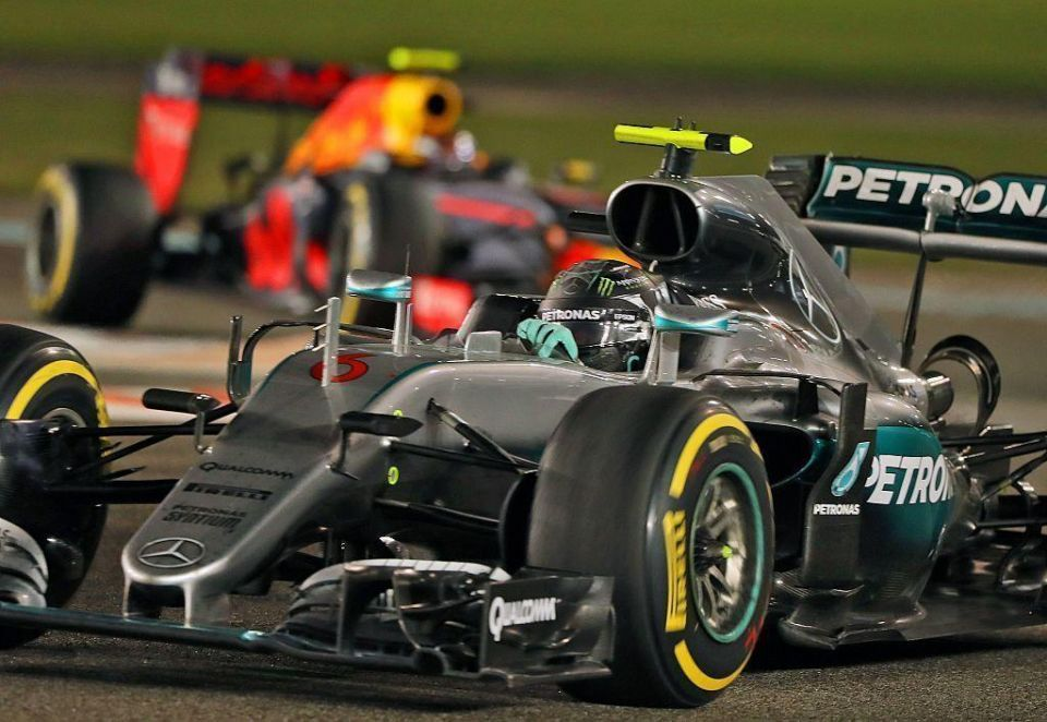 Rosberg clinches Formula One title after tense Abu Dhabi finish