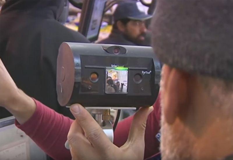 Video: Shopping made easier for Syrian refugees through iris scanning
