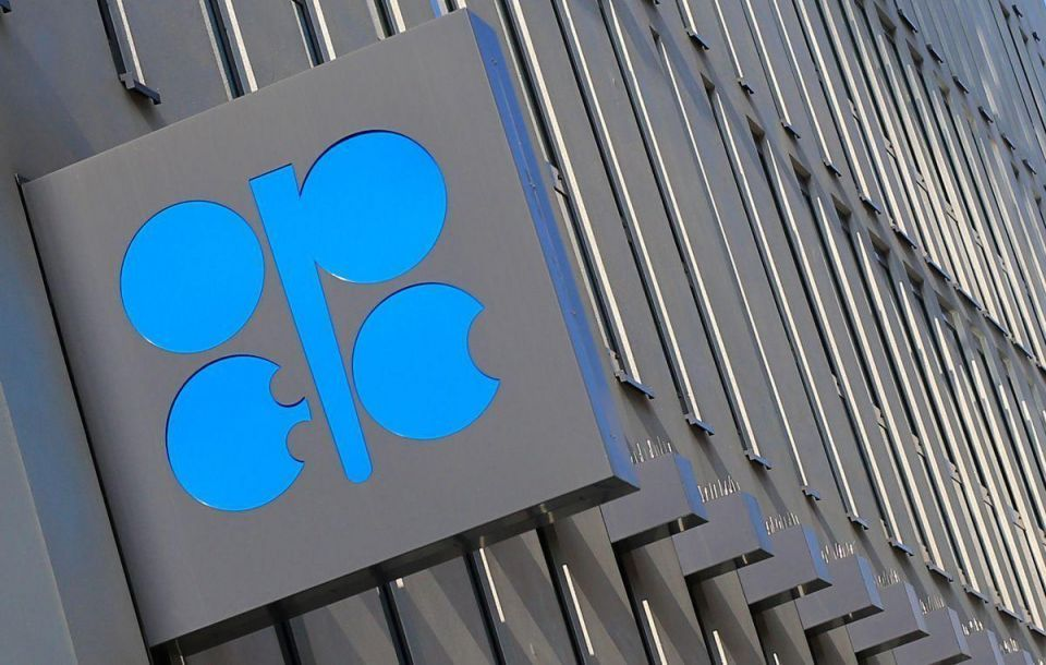 OPEC points to larger 2017 oil surplus as rivals keep pumping