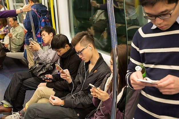 Smartphone etiquette: have you lost touch?