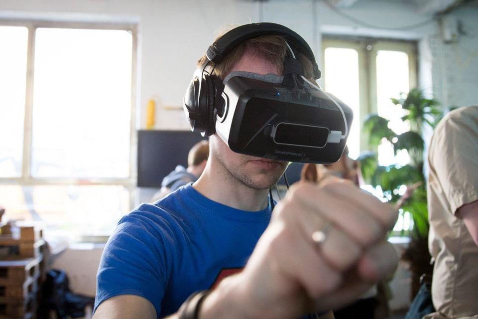 Oculus Rift virtual reality now a reality