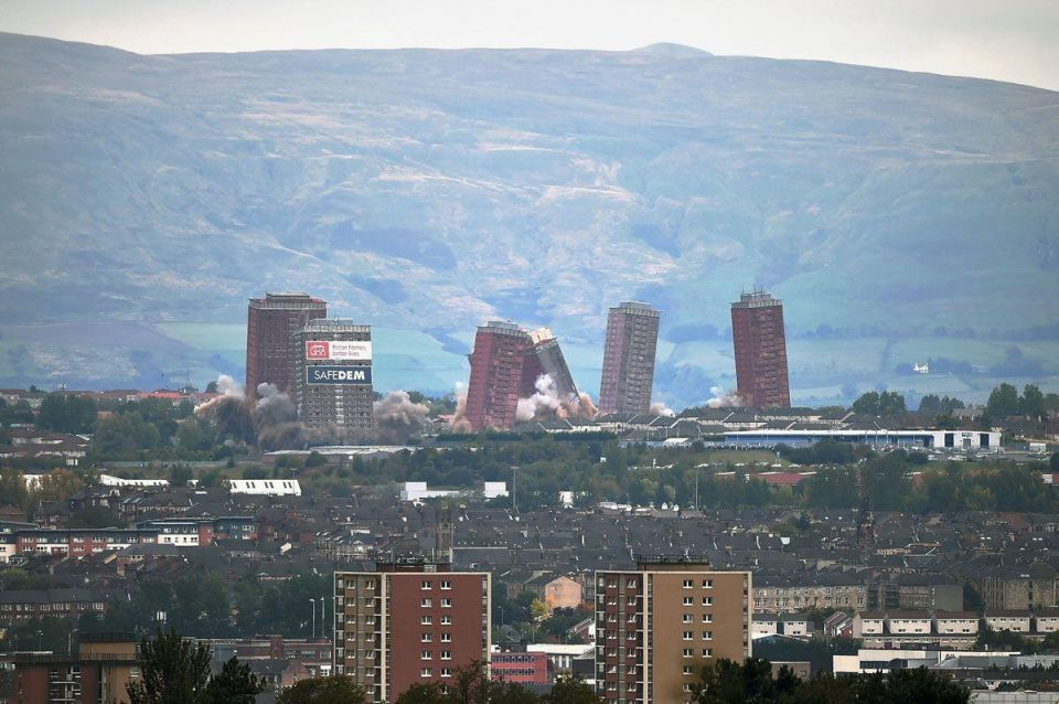 Glasgow: Iconic red road flats are demolished