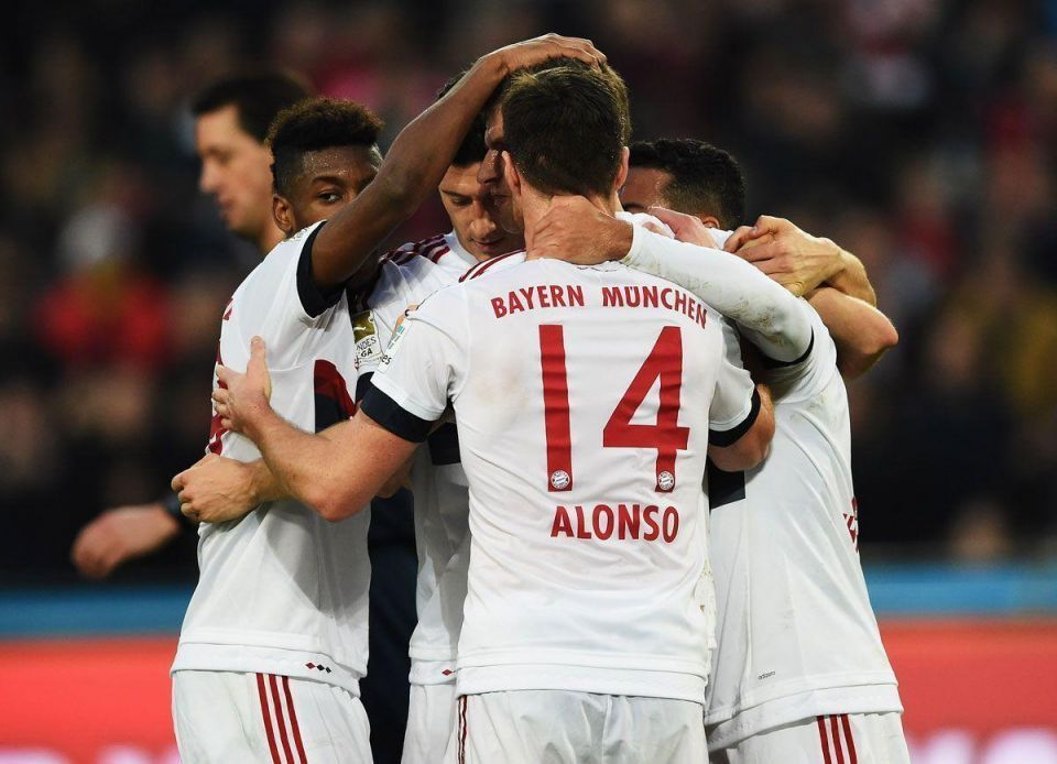 Bayern footballers set off for Qatar training camp amid mounting criticism