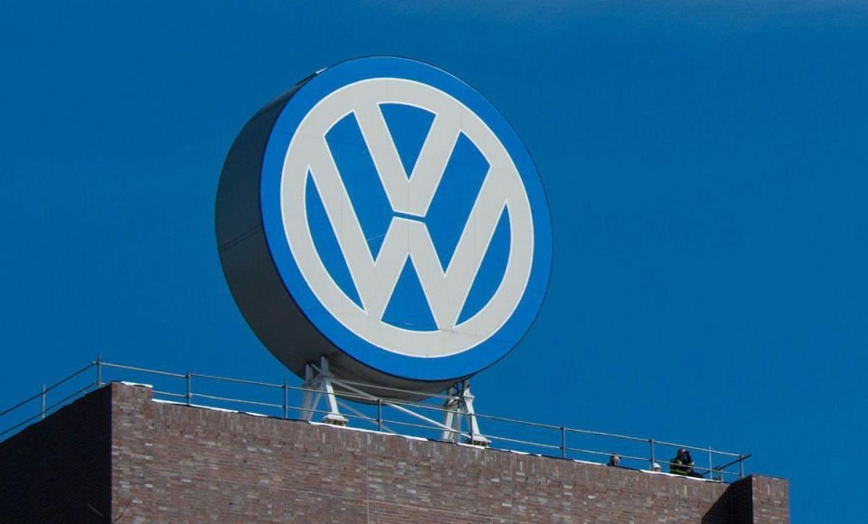 Cost squeeze helps Qatar-backed VW back to profit after diesel debacle